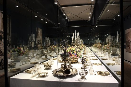 Reconstruction of the dinner service for the wedding of William's daughter